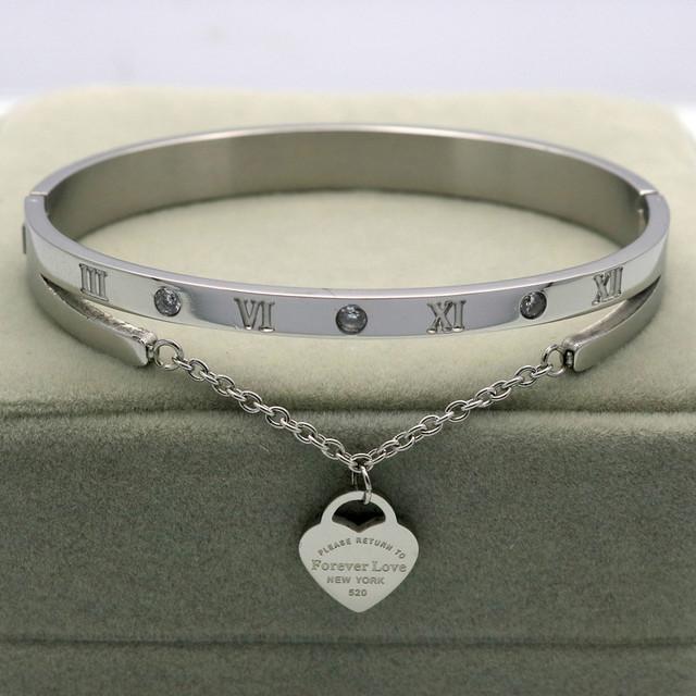 Design Luxury Brand Bracelet Women Hanging Heart Label Forever Love Pulseira Titanium steel Bangle & Bracelets For Women Jewelry