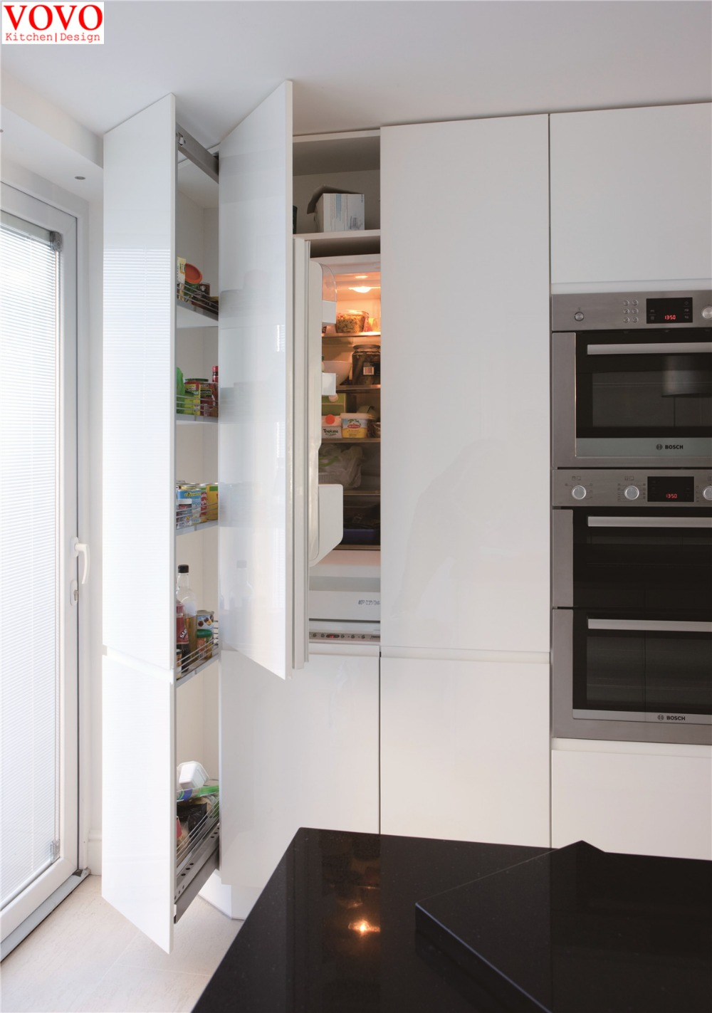 White solid wood kitchen cabinets with nice crown molding & Roman ...