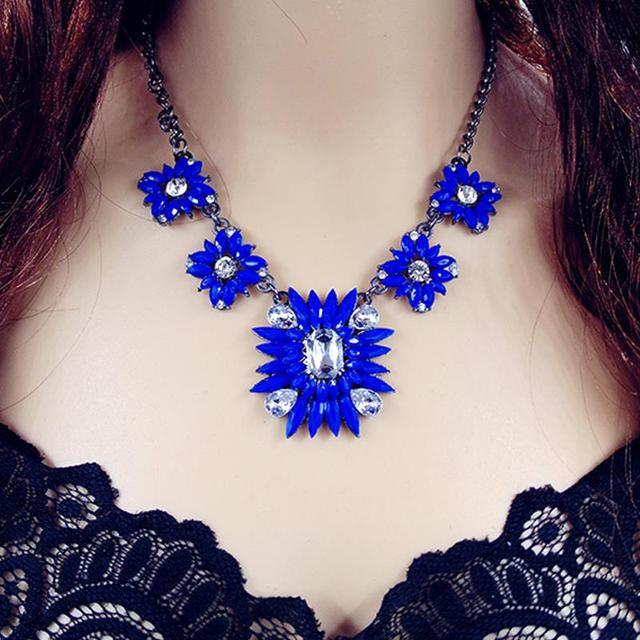 2016 New Fashion Punk Choker Chain Shourouk Charm Rhinestone Vintage Neon Bib Statement Necklaces & Pendants Women Jewelry Gift