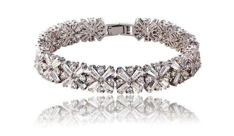 Silver Snowflake Bracelet - 1