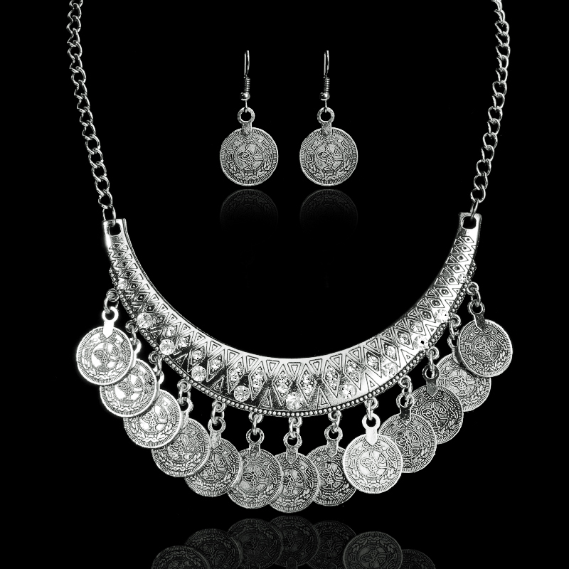 Hot sale bohemian vintage chokers necklaces fashion ethnic for What is fine jewelry