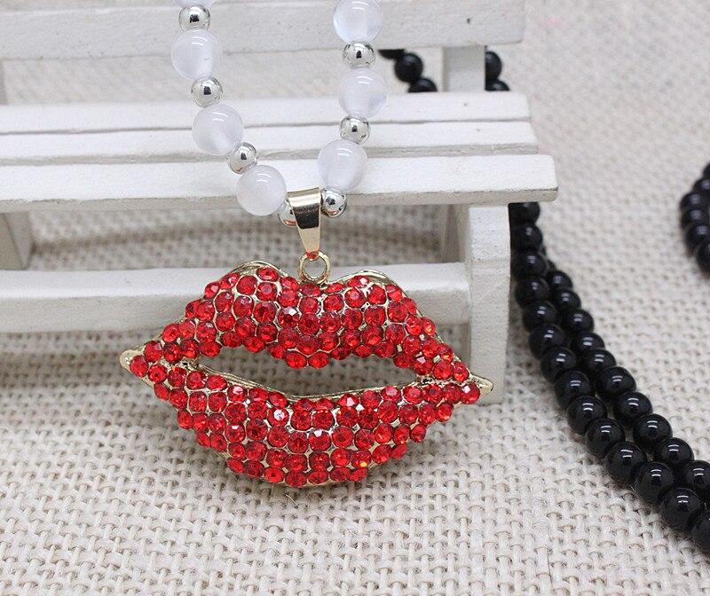 3698270c233b Venta al por mayor del rhinestone rojo de la boca divertido collares largos  hechos a mano del partido collares largos de la joyería regalos para  mujeres que ...