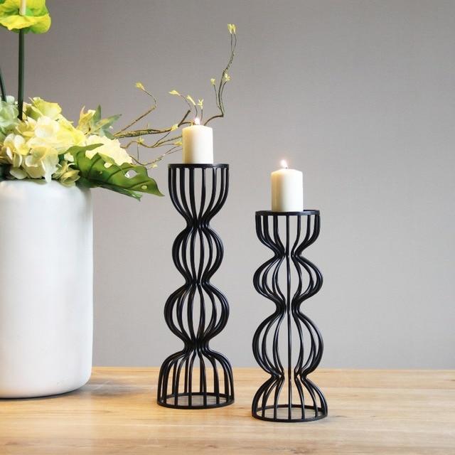 Simple design noir et blanc colonne creux fer bougeoir correspondant photophore bougie de noël de mariage