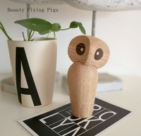 Creative home handmade handmade wooden crafts ornaments owl Athena and wisdom symbolizes the wooden gift of birthday gifts