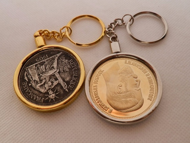 Necklace bezel new challenge coin holder coin hook pendant key necklace bezel new challenge coin holder coin hook pendant key ring chain 10pcslot aloadofball Image collections