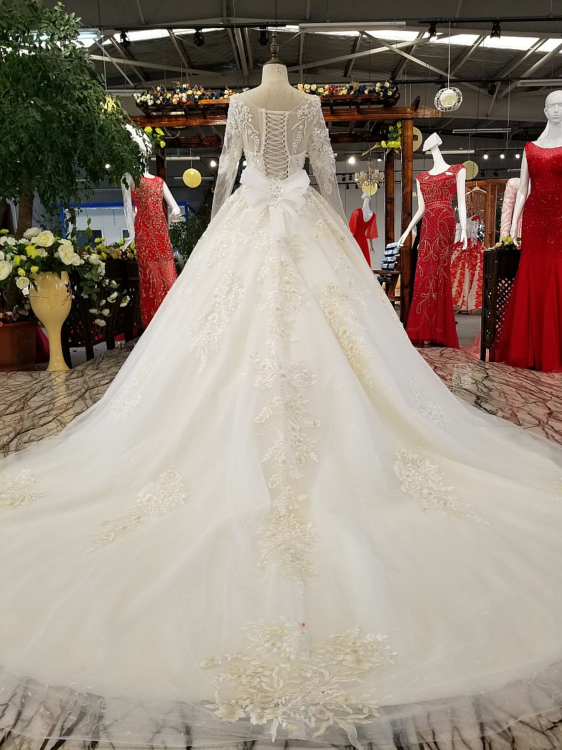 LS36550 long sleeve wedding dress 2019 o neck appliques organza A line bridal dress wedding long train vestido de noiva simples in Wedding Dresses from Weddings Events