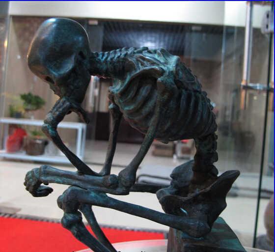 USPS ke AMERIKA SERIKAT S0044 WBY Seni Dekorasi Tembaga Murni Bronze Marmer Dasar Patung Skull Thinker Statue Patung B0401