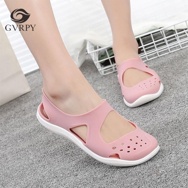 New Ladies Hole Shoes Summer Non-slip Soft Bottom Surgeon Nurse Work Sandals Hospital Laboratory Beauty Salon Medical Shoes