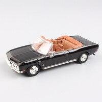 Thương hiệu 1/43 Đường Chữ Ký 1969 Chevrolet Corvair Monza convertible kim loại auto xe ô tô kim loại diecast model toy cho bộ sưu tập
