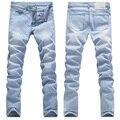 calça jeans masculina 2017 Chegada Nova Designer de Moda Ocasional Magro Reta Jeans Céu Azul Das Calças de Brim Dos Homens de Varejo & Atacado Jeans Skinny Homens