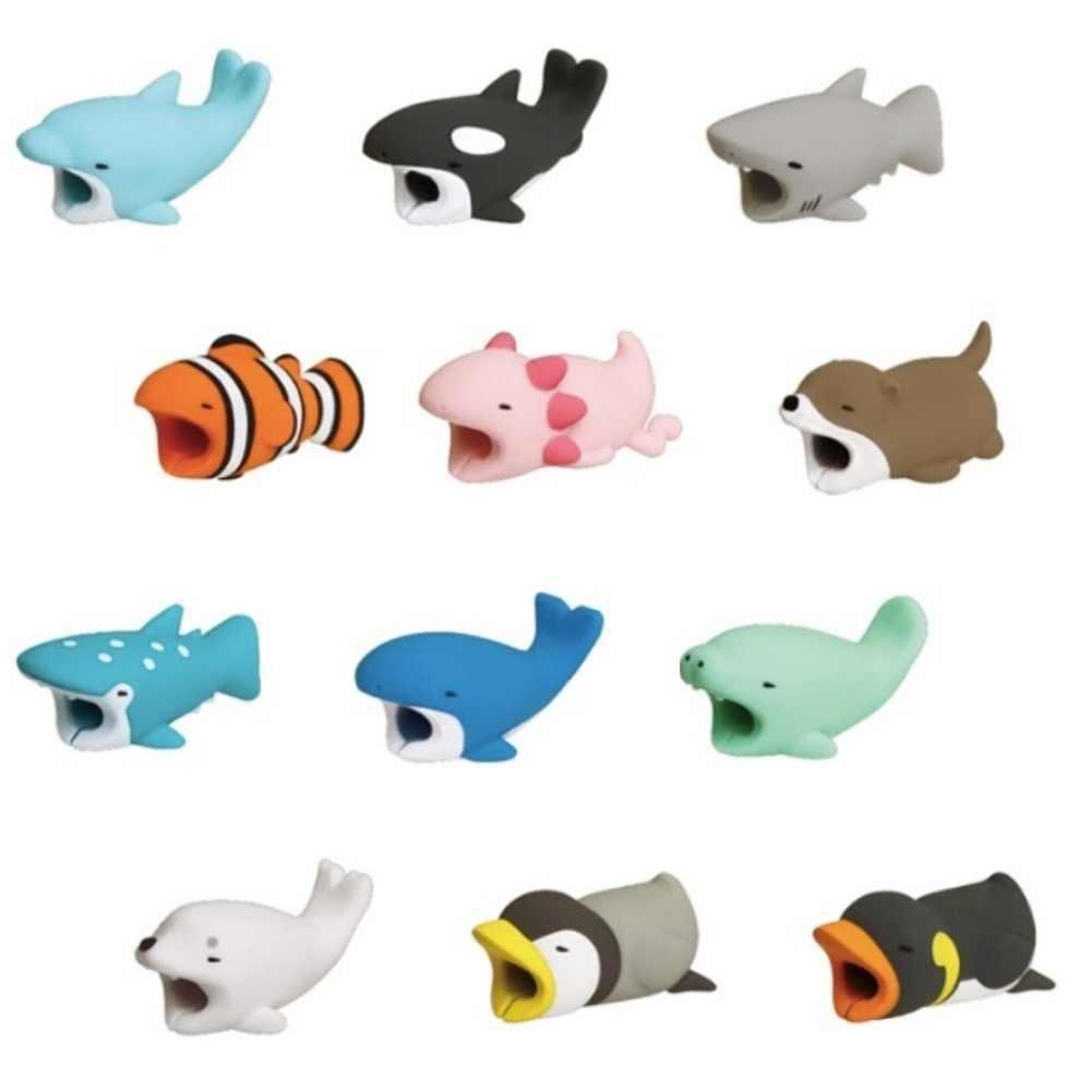 Dropshipping 1 Uds Protector para Iphone cable enrollador accesorio de soporte para teléfono chompers conejo perro gato Animal muñeca modelo divertido