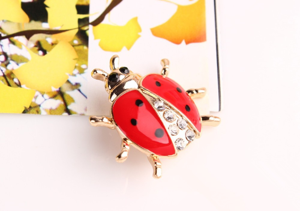 red-and-black-spotted-ladybug-brooch-with-black-and-white-rhinestones-5