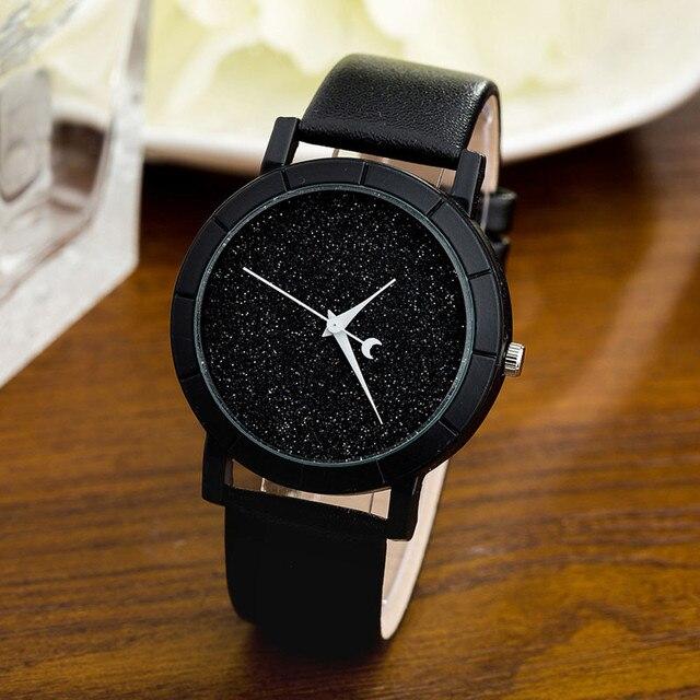 reloj mujer 2017 Fashion Women Watches Star Minimalist Printed Round Dial Leather Strap bracelet watch Clock Relogio Feminino