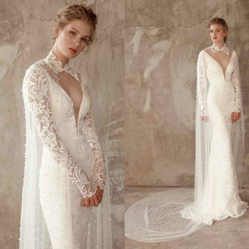2019 New Bridal Wraps Custom Made Lace Applique Beads Cathedral Length Wedding Cape Shawls White and Ivory Bridal Jacket
