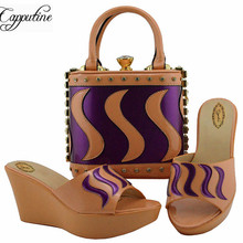 Capputine New Arrival PU Leather Shoes And Purse Set For Party 2019 Nigerian Fashion Ladies Pumps Shoes And Bags Set For Party