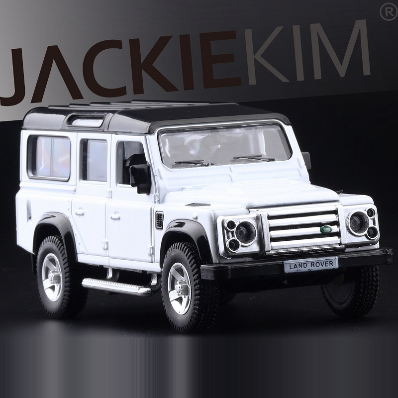 High Simulation Exquisite Diecasts&Toy Vehicles RMZ City Car Styling Defender Off-Road SUV 1:36 Alloy Car Model Pull Back Action