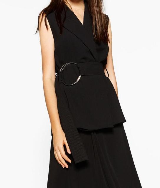 2017 Spring NEW BLACK LADIES SHORT Sleeveless WAISTCOAT WITH large round BUCKLE Belt Fashion Designed Vest Tops