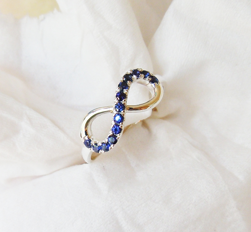 Wellmade Authentic BlueSapphire Solid 925 Sterling Silver Infinity Ring