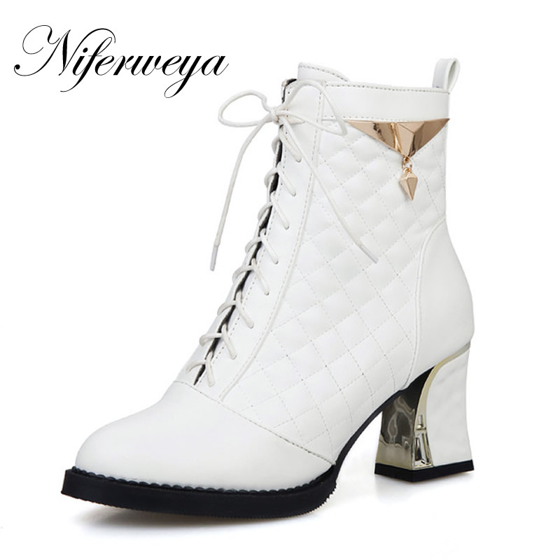 7afb83b3e05f8 2016 moda invierno mujeres zapatos sexy punta redonda tacones altos plata  sólido pu Encaje tobillo botas de gran tamaño 34 48 ayy 902 5 en Botines de  ...