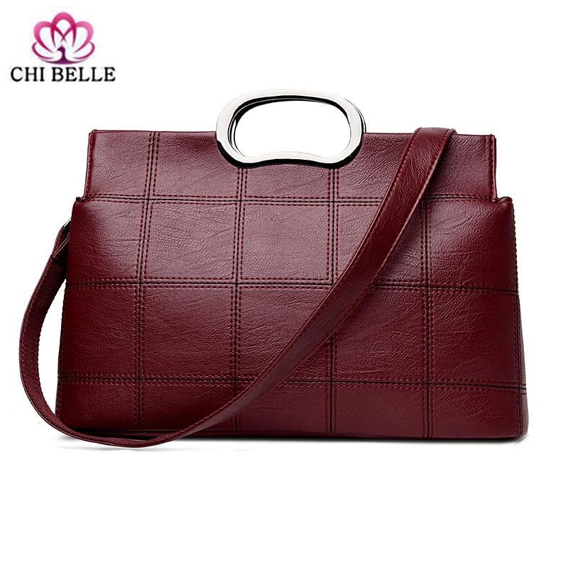 Lady handbag new European and American classic large capacity and PU handbag shoulder his hand bag undertakes to female bag