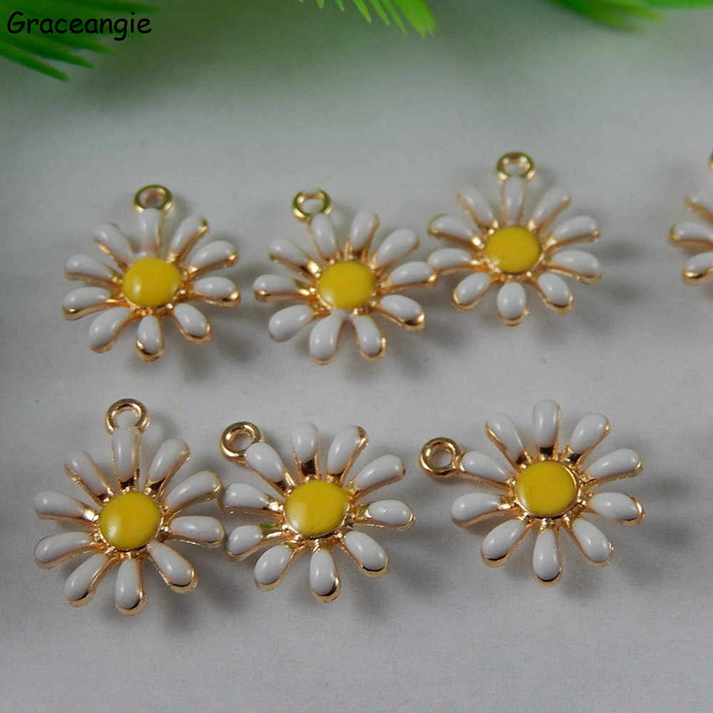 (10pieces) GraceAngie Trendy Daisy Flower Necklace Pendant Alloy Bracelet Charms Handmade Jewelry DIY Making Gifts 16*13mm 50992