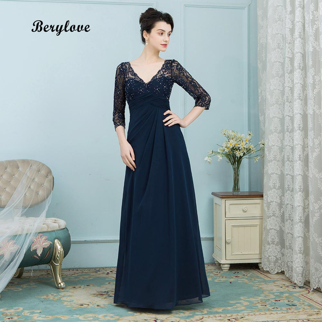 BeryLove Long Dark Navy Mother of the Bride Dresses 2018 V Neck Beaded Lace Mother of the Bride Dress With Sleeves For Weddings
