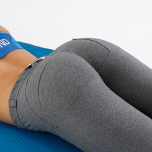 AK's hand active wear manufacturing high end womens athletic apparel gym pants women fitness custom fittness pants in stock