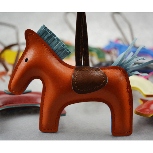 Pro-Acme-Famous-Brand-Luxury-Handmade-PU-Leather-Horse-Keychain-Animal-Key-Chain-Women-Bag-Charm.jpg_640x640.jpg