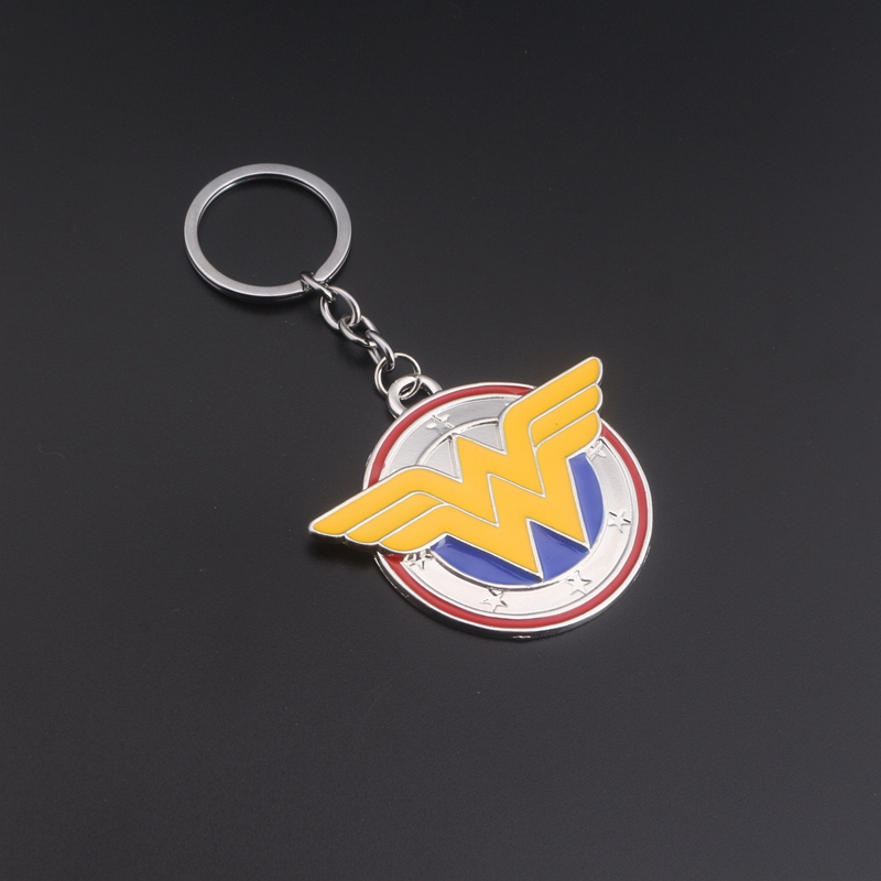 Hot Movie Wonder Woman Keychain Gift for Souvenir Two Colors Enamel Key Finder Superhero Key Holder Chaveiros