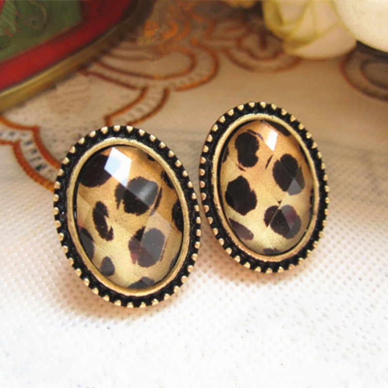 2019 New Fashion Retro fashion Lady European Style Round Crystal Stud Earring Wholesale Cheap  New Fashion,