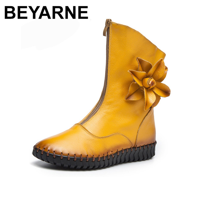 BEYARNE   Shoes Women Luxury 2018 Snow Boots Fashion Flowers Flat Martin Boots Brand Design Retro Handmade Women Boots Lady Flat