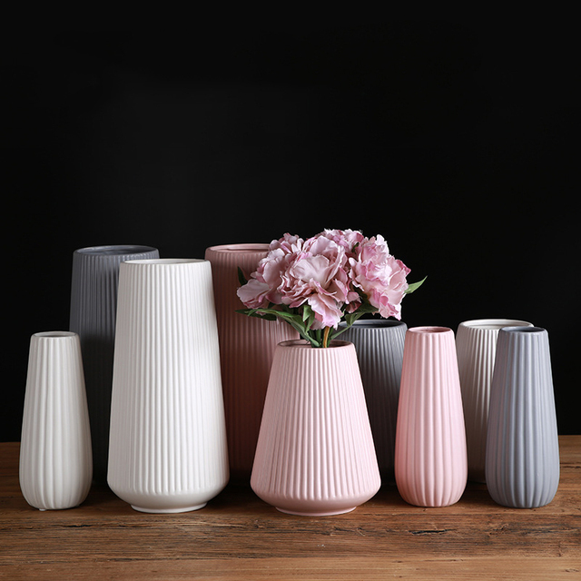 Classic Mediterranean Ceramic Vase Nordic Modern Simple Ceramic Vase Home Flower Inserter Creative Decoration 5