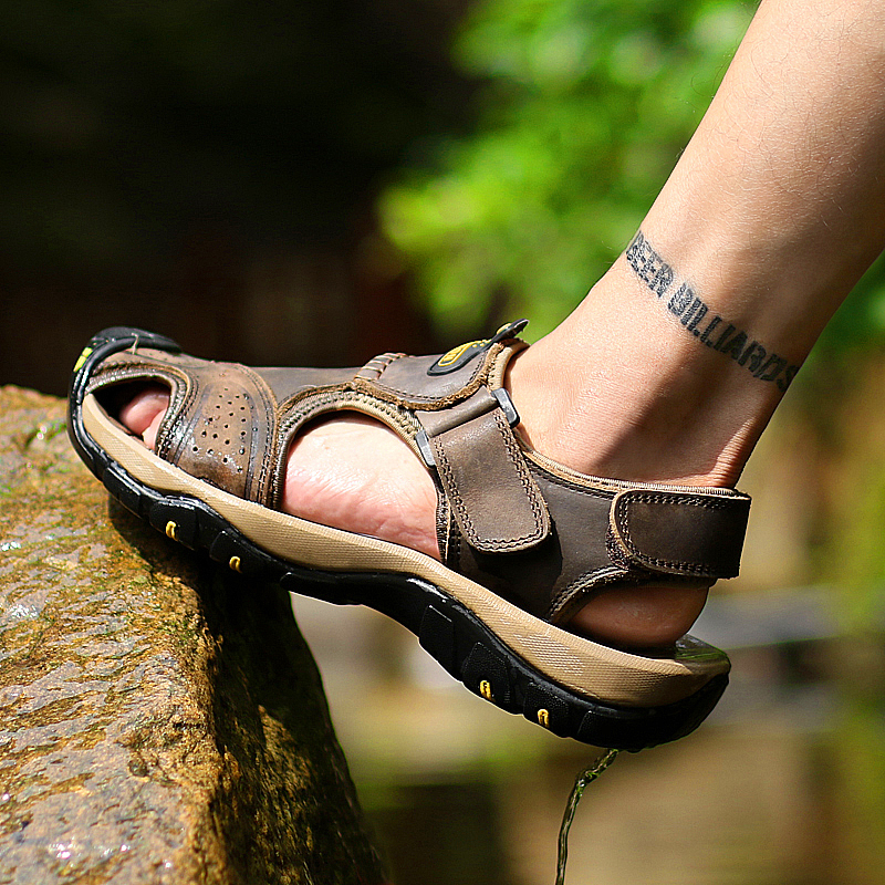 2019 classic men's leather sandals breathable outdoor climbing non-slip men's beach fisherman sandals comfortable wearable(China)