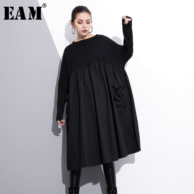 [EAM] 2020 New Spring  Round Neck Long Sleeve Black Big Size Pockets Fold Split Joint Big Size Dress Women Fashion Tide JE616