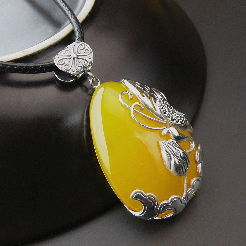 S925 silver  Pendant Vintage Silver Butterfly Necklace Pendant yellow new atmosphereS925 silver  Pendant Vintage Silver Butterfly Necklace Pendant yellow new atmosphere