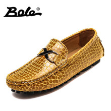 BOLE 2017 Fashion Men Leather Shoes Autumn New Design Slip on Comfort Men Loafers Flat Embossed Leather Shoes Men Big Size 35-49