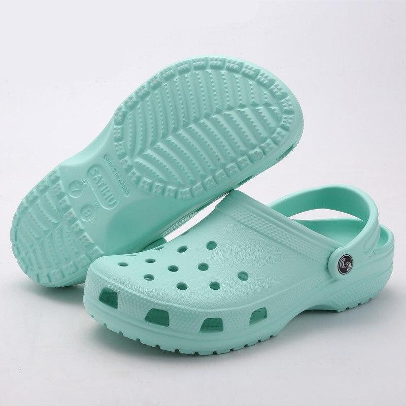 2018 Summer Men's Garden Clogs Slippers Beach Sandals For Men New Fashion Footwear Flip Flops Unisex Slides Water Breathable цена