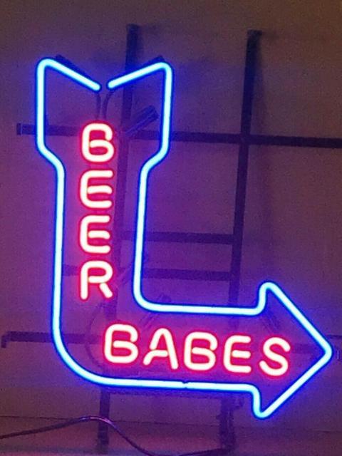 Custom Beer Babes Arrow Glass Neon Light Sign Beer Bar