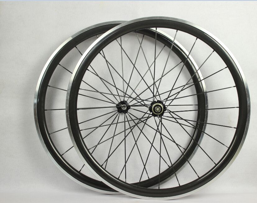 superior quality alloy braking surface 9/10/11 Speed carbon road bike clincher wheelssuperior quality alloy braking surface 9/10/11 Speed carbon road bike clincher wheels