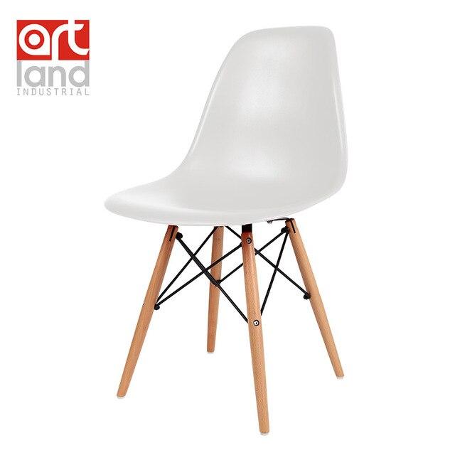 Sedia laterale di plastica con gambe in legno di faggio Da Pranzo ...