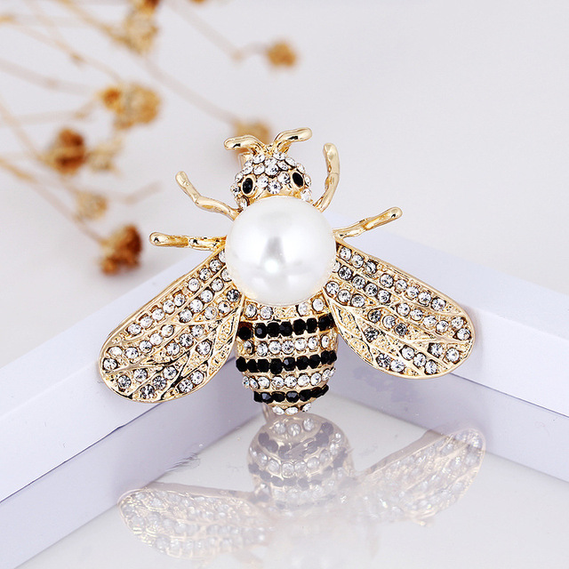 7f07ddd67f0ad US $2.04 5% OFF|CINDY XIANG 2 Colors Choose Rhinestone Bee Brooches for  Women Pearl Honeybee Pins Fashion Winter Insect Accessories Good Gift-in ...