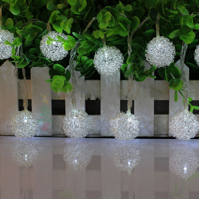 Christmas Tree Delicate 165m 10blubs Iron Silver Ball String Light