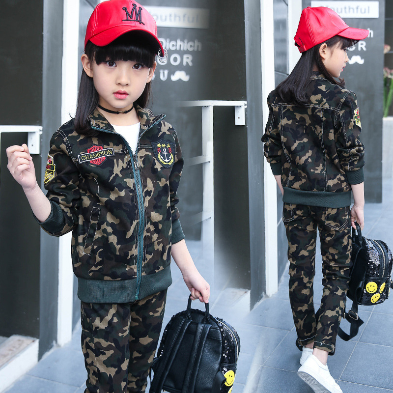 Long sleeve children's sports suits boys clothing set camouflage child tracksuit clothes sets for teenage boys camouflage sports suits 2017 new autumn cotton boys long sleeve sportswear 2 pcs set children clothing 3 5 7 9 11 14 y 6