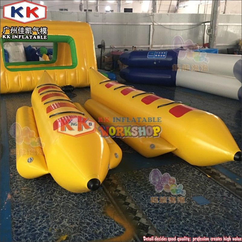 Top Quality 3-4 Persons Towable Crazy Sea Toys Inflatable Banana Flying Boat For Wate Sports