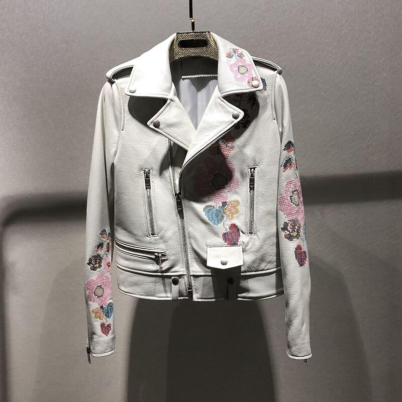 Femme manteaux en cuir véritable 2019 automne hiver en peau de mouton en cuir manteau femme moto vestes Rivet en cuir véritable broche courte