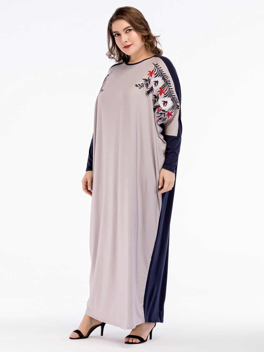 d36b13f15b TUHAO 2019 Autumn Winter Women Kaftan Abaya Dress Embroidery Long Maxi  Dress Plus Size 4XL 3XL Retro Vintage Dresses ZL28