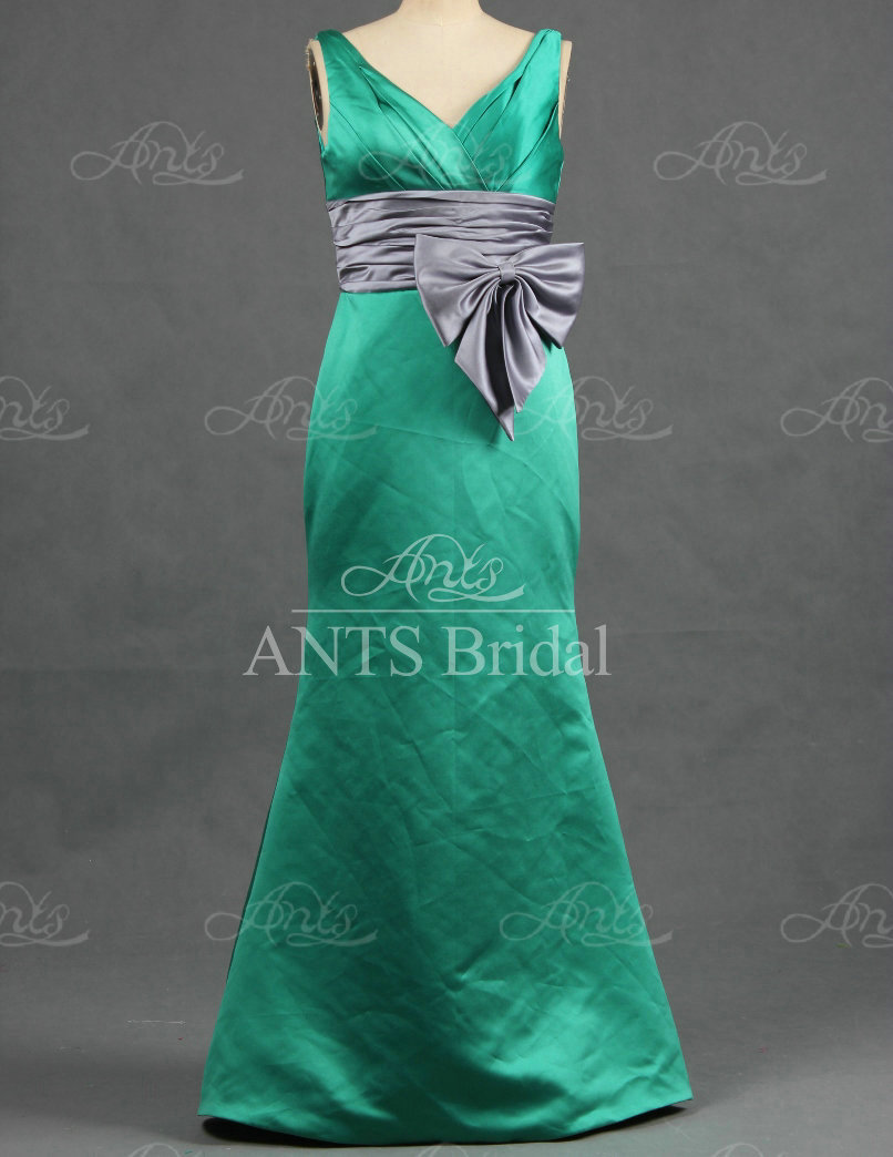 Re420 custom green and gray sash two color satin mermaid re420 custom green and gray sash two color satin mermaid bridesmaids dresses free shipping in bridesmaid dresses from weddings events on aliexpress ombrellifo Image collections