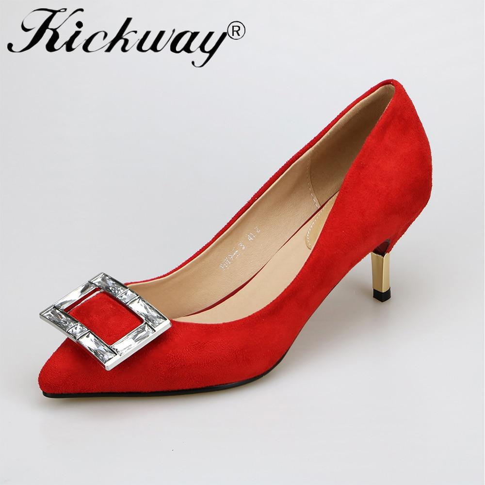 Скачать фотки девушка в красных туфлях на высоком каблуке фото 733-35