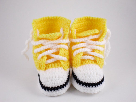 acc44c9263bc7 US $11.9  CrochetBright Yellow Converse Style Baby Booties, Crochet Baby  Bootees, Baby High Tops Crochet Crib Shoes, 0 6 months-in First Walkers  from ...