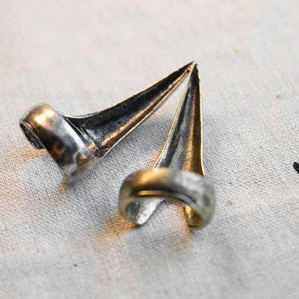 Trendy Punk Claw Rings For Men Women Retro Cool Gothic Punk Claw Rings Talon Claw Finger Spike Fingertip Nail Ring
